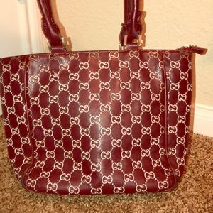 Gucci in excellent condition brown and cream purse